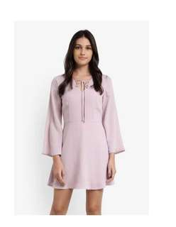 ZALORA Flare sleeve dress