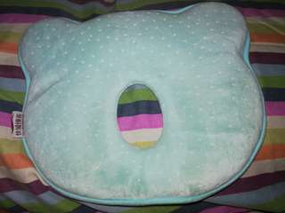 Preloved head pillow