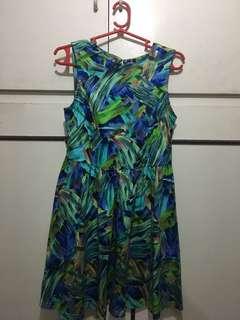 It Girl Sleeveless Tropical Summer Dress