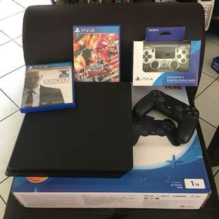 PS4 Slim Jet Black 1 Tb (2017-Made unit)