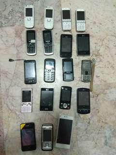 🚚 Vintage phones