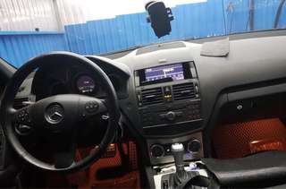 2010年  Benz  C300