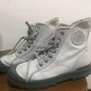 限時特價!Palladium pampa M65 灰色 靴子