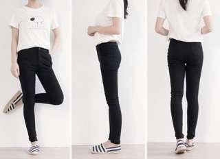 🚚 黑色素面彈性窄管褲