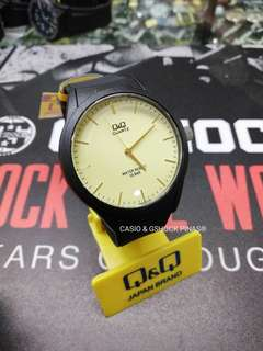 Q AND Q JAPAN WATCH (By: Casio)