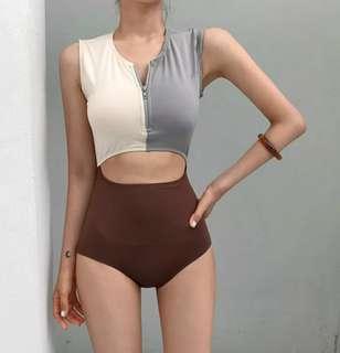 韓國連線爆款🇰🇷不規則拼接拉鏈顯瘦泳裝
