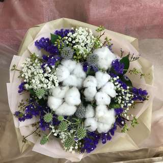 Cotton Flower with Mix Fillers / Graduation Bouquet of Dried flowers