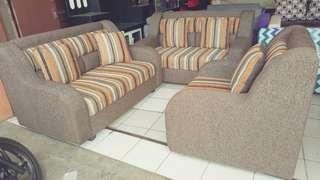 Sofa unik elegant bergaransi