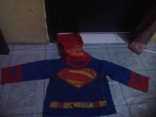 Setelan superman