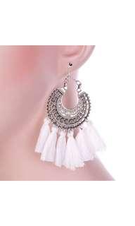 🆕 Tassels Earring (White)