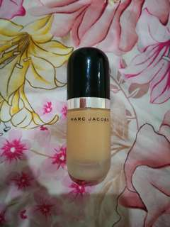Marc Jacobs Re(MARC)able Full Cover Foundation in 32 Beige Light
