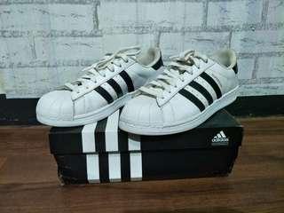 Second 99% Adidas Superstar Size 43 Minat chatt  Harga pm😍  #adidas #adidassecond #adidasmurah #adidasbekas #adidassekon #adidassuperstar #adidassuperstarsecond #adidassuperstarseken