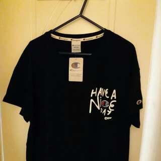 全新型爆黑色長身Tshirt