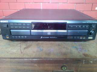 Sony CDP-CE525 5 Disk CD Changer