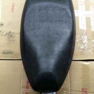 光陽原廠G5 125 無自動彈起【椅墊. 坐墊-座墊】
