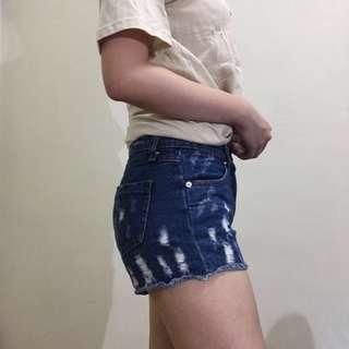 深藍刷破 牛仔短褲