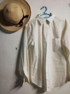 White long-sleeved