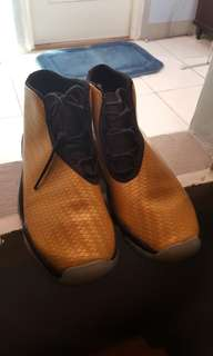 Jordan Future Rare CW 7y Preloved