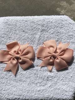 1pair of bow