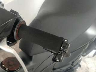 Grab on Grip installed on Gilera ST200