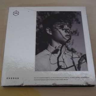 [CD UNSEALED/NO PHOTO CARD/SCRATCHES ON COVER][READY STOCK]EXO KOREA ALBUM; ORIGINAL FR KOREA (PRICE NOT INCLUDE POSTAGE)PLEASE READ DETAILS FOR MORE INFO; POSLAJU:PENINSULAR AREA :RM15/SABAH SARAWAK AREA: RM20