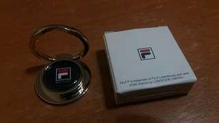 出售全新fila手機圈mobile ring grip, 潮流之選