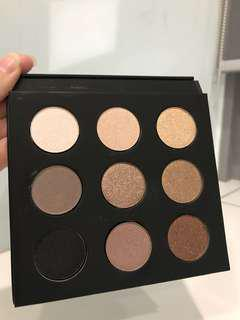 Eye Shadow Palette 50% discount!