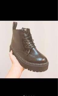 🚚 厚底靴