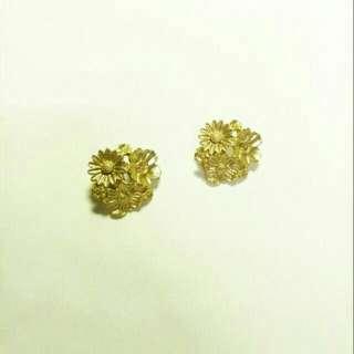 🚚 復古金色花朵耳夾耳環