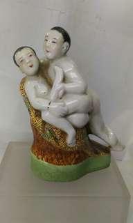 舊春宮瓷器