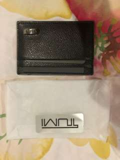 Tumi card holder with money clip