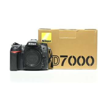 Nikon D7000 DSLR Body Only (Shutter count: 800+ Only)