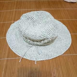 🚚 柔軟編織帽