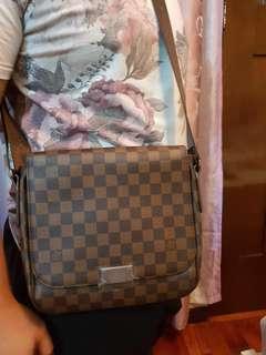 Louis Vuitton Sling bag men