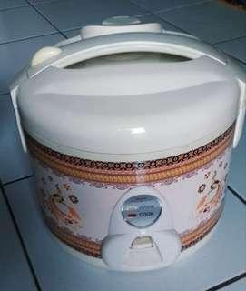 rice cooker / Magic Com / penanak nasi Miyako liter