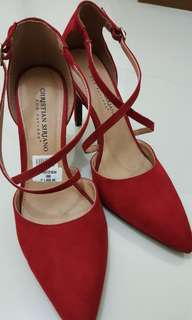 RED SHOES SIZE 8