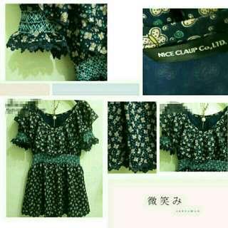 日本品牌 日貨 NICE ClAUP 刺繡縫線 露肩 一字領 蝴蝶圖案 花柄洋裝