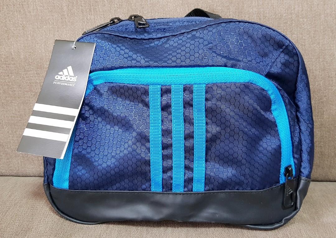 0fbb346715 Adidas washkit Bag