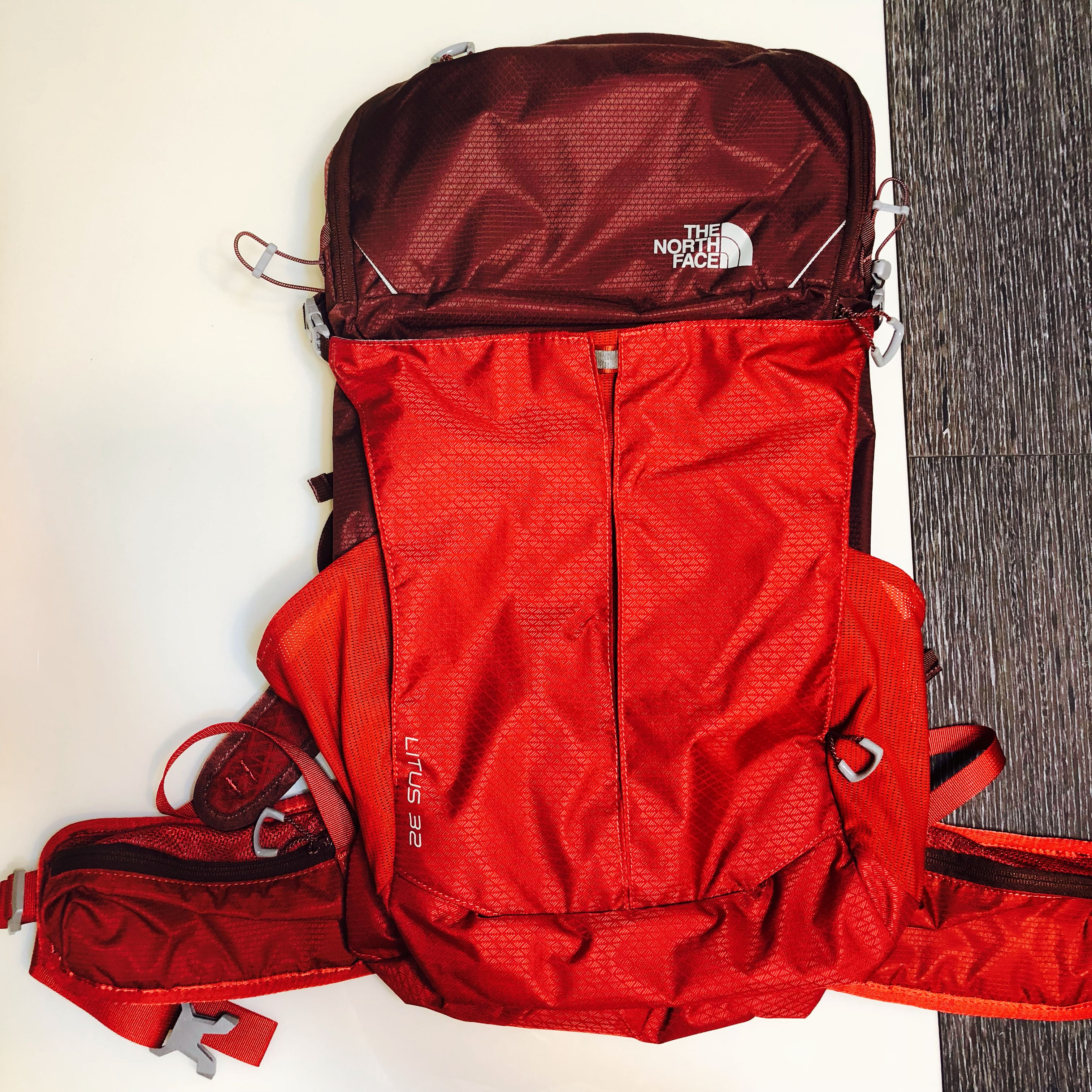 a17843192 North Face Backpack 32L