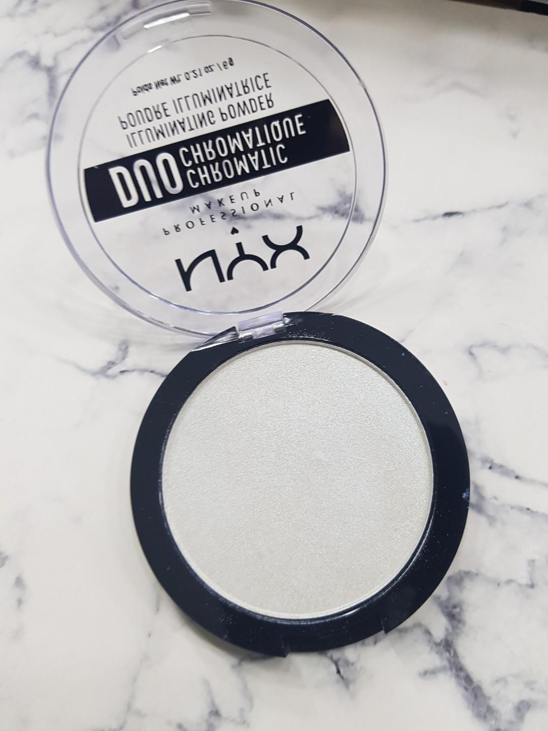 NYX Duochrome highlighter