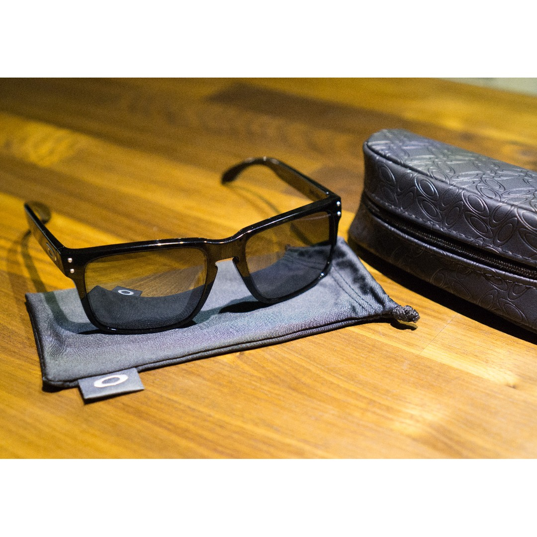 081a7590b9b53 Oakley HOLBROOK Polarized (Asia Fit) Sunglasses • Black Iridium ...