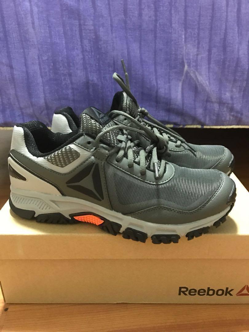 1e34d8e3d83e4d Reebok US 7.5 Ridgerider Trail 3.0 hiking shoes