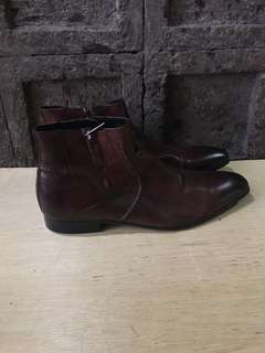 Kenneth Cole Brown leather boots