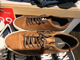 Pull n bear shoes NEW size 43