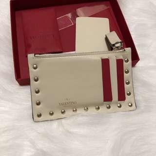 92%新 正品 有專門店單 Valentino  米白色 卡片套 散錢包 錢包 輕巧方便 classic 鍋釘
