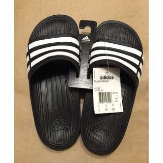 adidas全新拖鞋出售