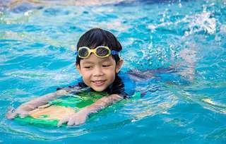 Adult/ teen/ kid swimming lesson
