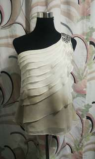 White and Gray Hombre Asymmetric cut sleeve top from People are People