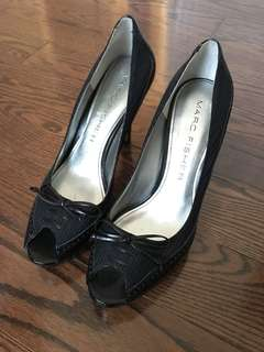 Marc Fisher size 7 open toe black blue pump