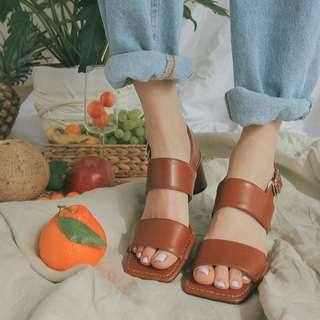 🚚 [BNIS] Buckled Slingback Strap Heeled Sandals (from Korea)